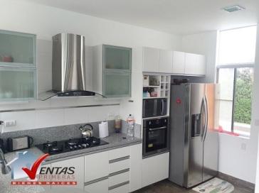 cocina moderna en venta se vende casa directa en pucusana